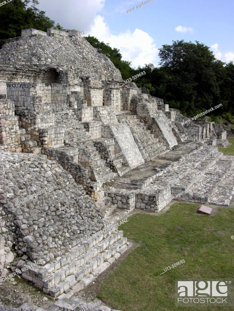 Stock Photo: Maya ruins of Edzna. Mexico.
