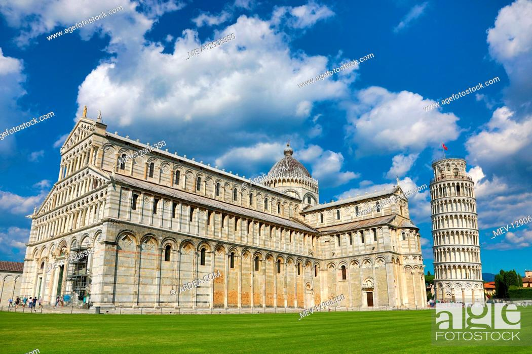 Stock Photo: Pisa Cathedral and the Leaning Tower of Pisa bell tower, Piazza dei Miracoli, Pisa, Italy.