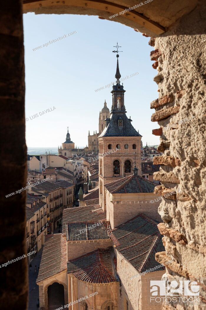 Imagen: segovia from lozoya tower with san martin church and cathedral. spain.