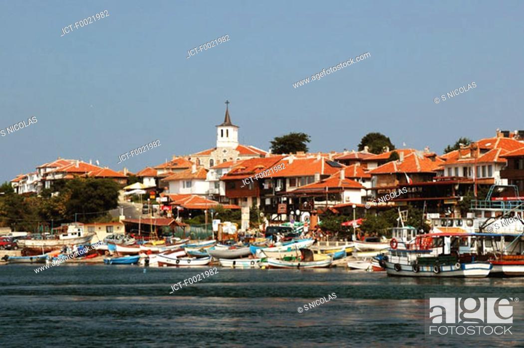 Stock Photo: Bulgaria, Nesebar, city and harbour.
