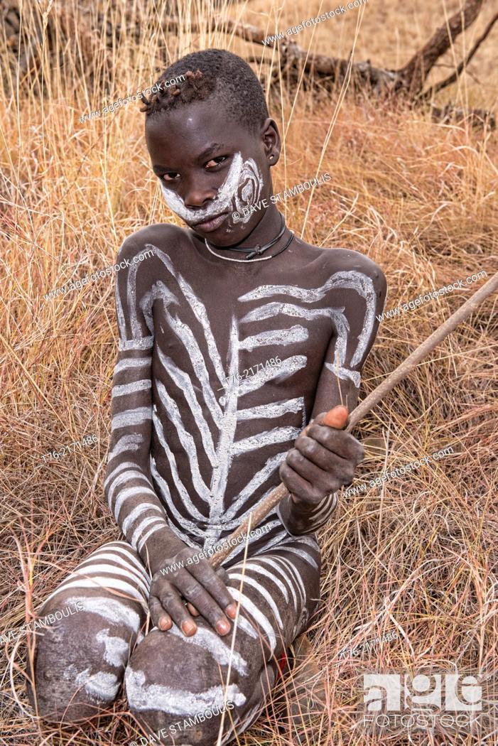 mursi tribe - Google Zoeken   Mursi tribe, Body painting