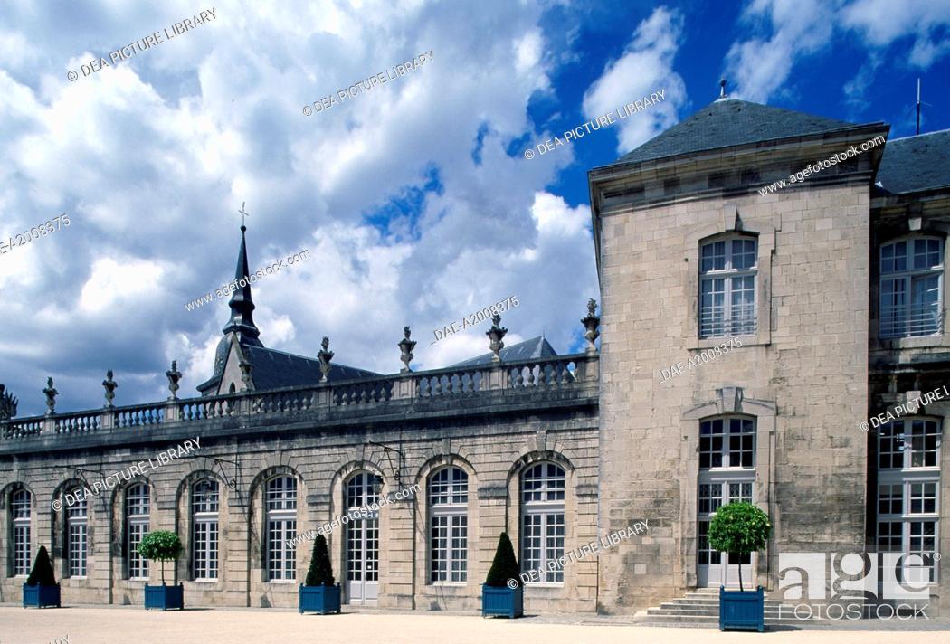 Stock Photo: View of Chateau de Stanislas, Commercy, Lorraine. Detail. France, 18th century.