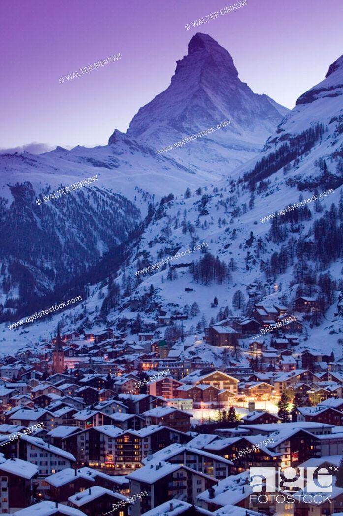 Stock Photo: View of ZERMATT & Matterhorn / Evening / Winter. Zermatt. Wallis/Valais. Switzerland.