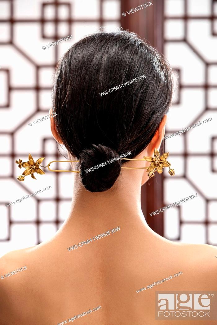 Comb The Oriental Woman Figure Chinese Knots Stock Photo Picture And Rights Managed Image Pic Vws Cpmh 190960f30w Agefotostock