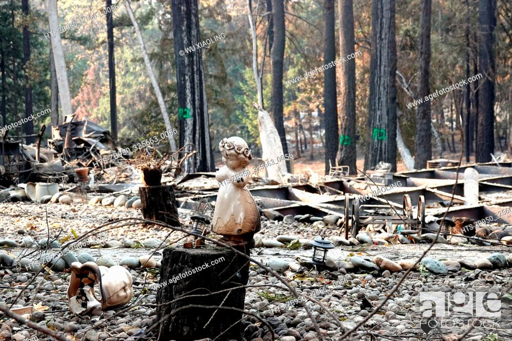 Stock Photo: (181120) -- PARADISE, Nov. 20, 2018 () -- Photo taken on Nov. 19, 2018 shows the wreckage in the site where the wildfire engulfed in Paradise of Butte County.