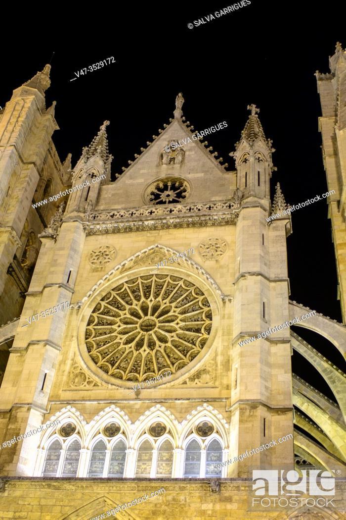 Imagen: Cathedral of Leon, Castilla y Leon, Spain.