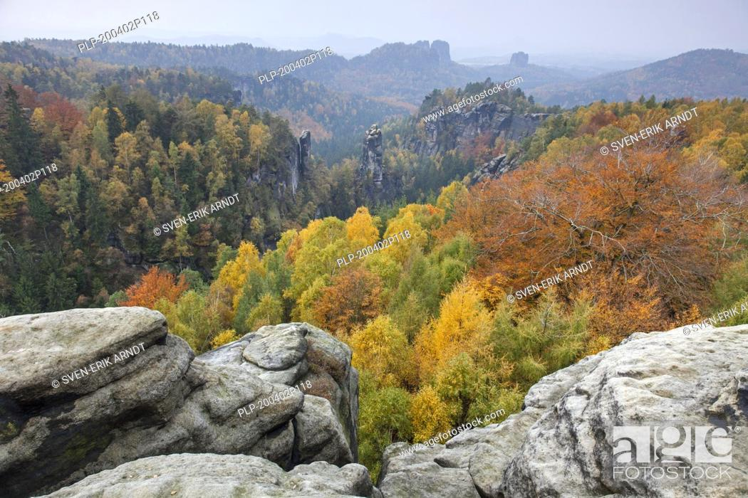 Stock Photo: View from Carolafelsen to the Großer Dom / Grossen Dom, Elbe Sandstone Mountains, Saxonian Switzerland NP, Saxony, Germany.