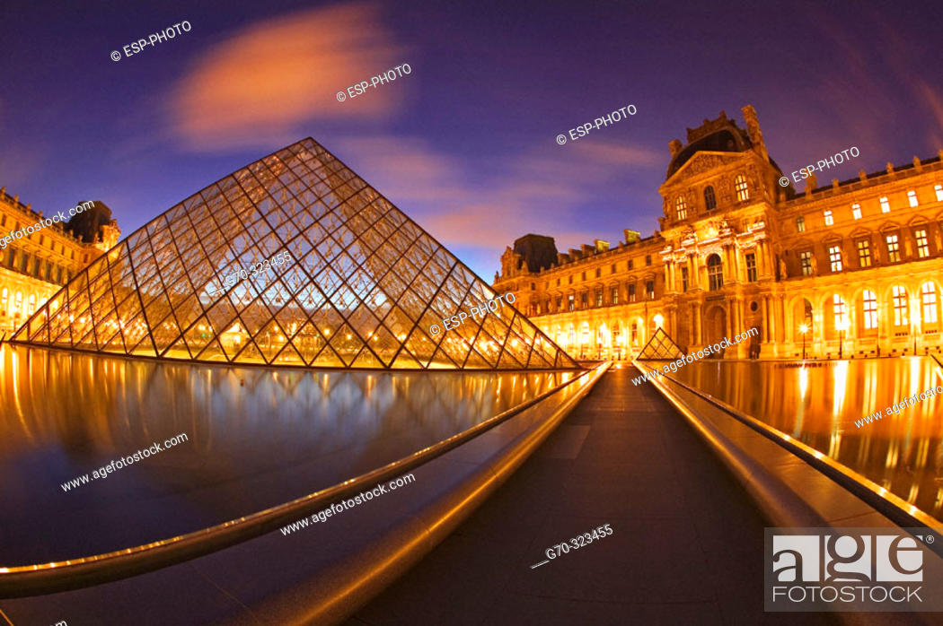Stock Photo: Louvre palace and museum at night. Paris, France.