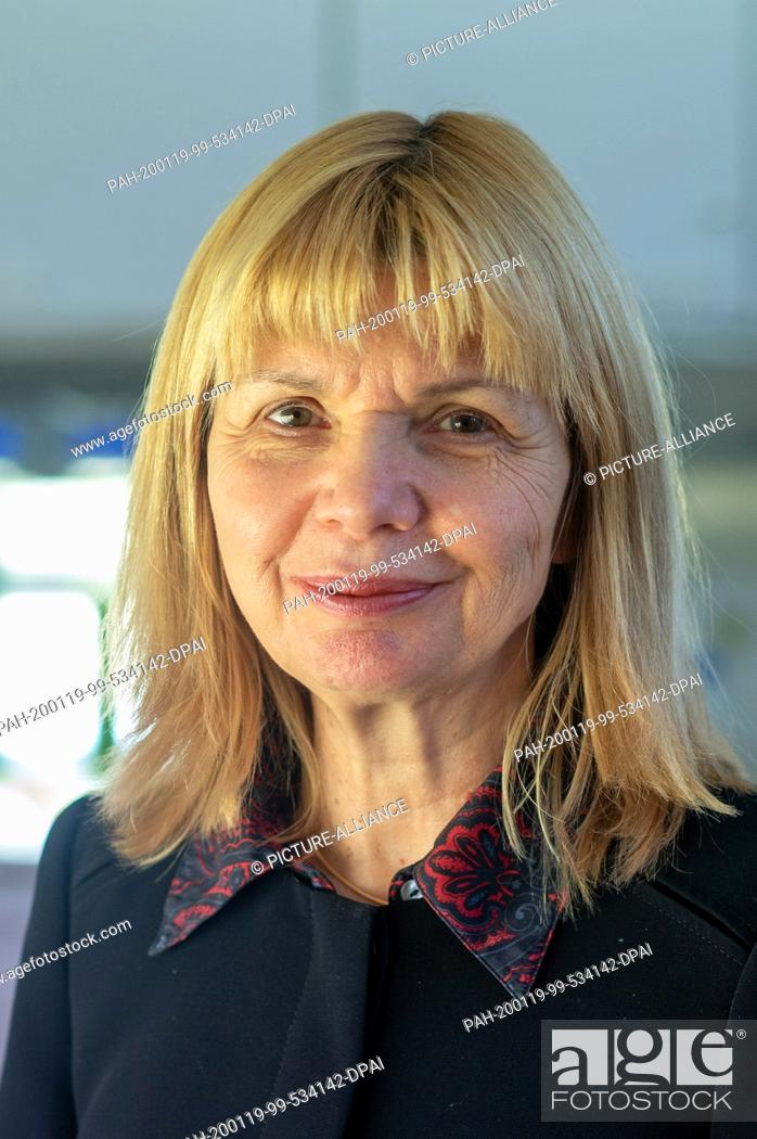 Stock Photo: 13 January 2020, Saxony-Anhalt, Köthen: Prof. Dr. Carola Griehl, Head of Algae Biotechnology in the Department of Applied Biosciences and Process Engineering at.