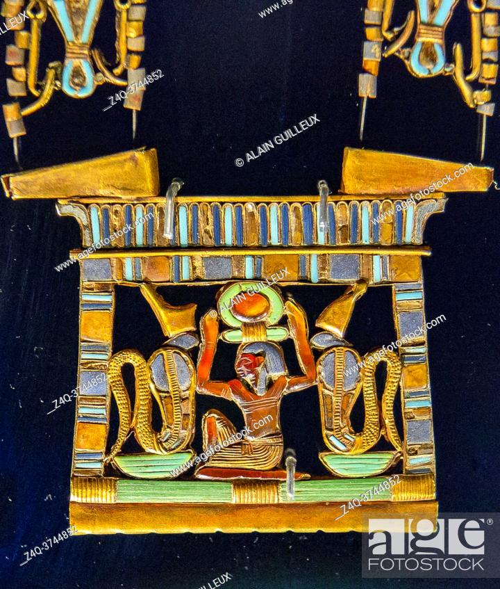 Stock Photo: Egypt, Cairo, Egyptian Museum, Tutankhamon jewellery, from his tomb in Luxor : On a pectoral representing the birth of the sun.