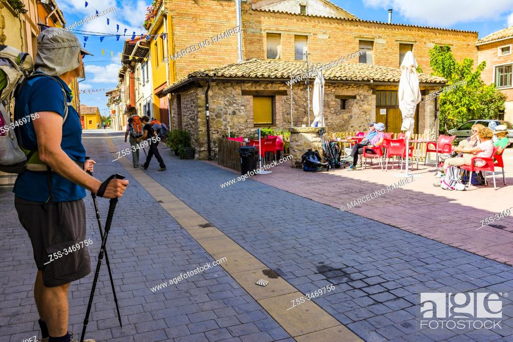 Stock Photo: Redecilla del Camino, Calle Mayor. First town of the Jacobean route once you leave La Rioja. Burgos, Castile and Leon, Spain, Europe.
