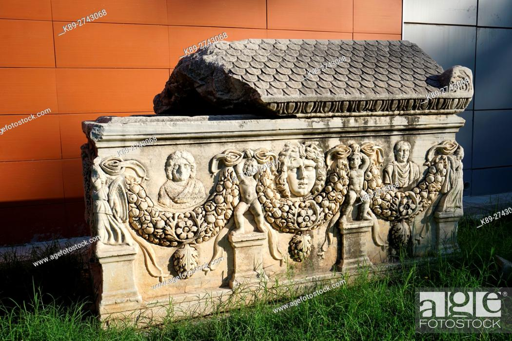 Stock Photo: Garland Sarcophagus (Roman Period). Ephes Museum. Classic Greek Collection. Asia Minor. Turkey.