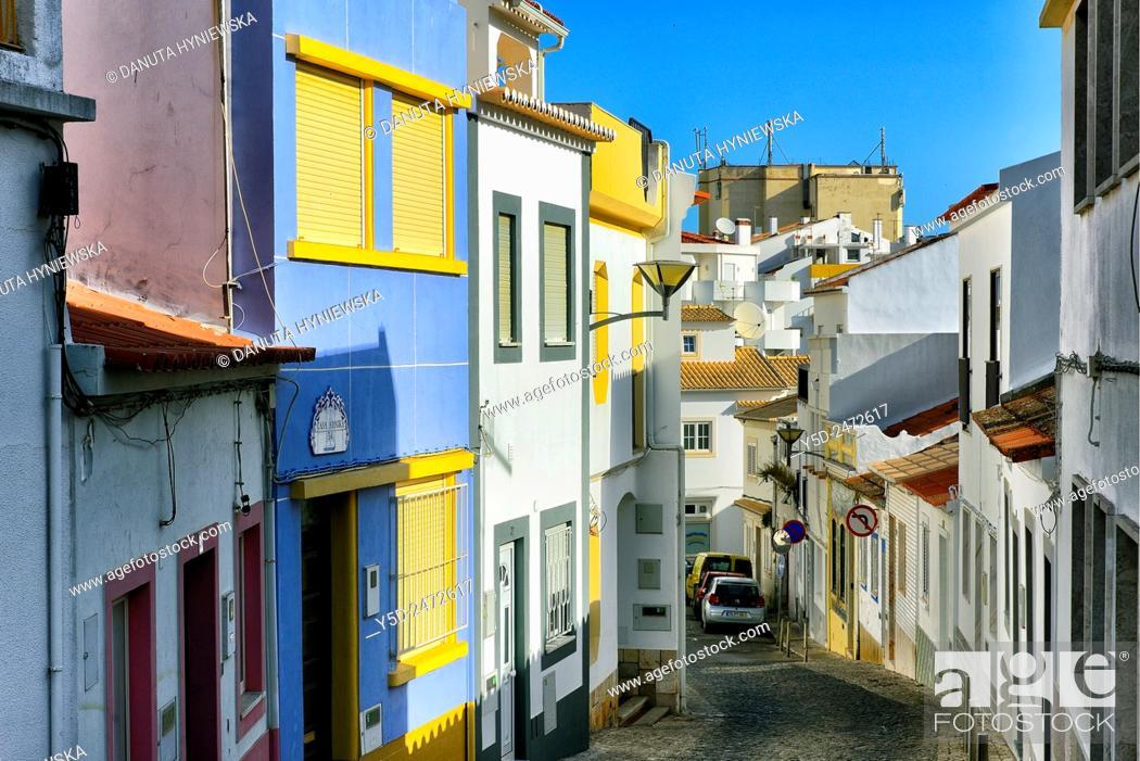 Stock Photo: narrow street, old town of Lagos, Algarve, Portugal, Europe.