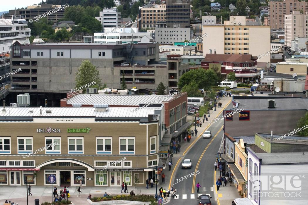 Photo de stock: Juneau downtown, from the Mount Roberts Tramway. Alaska. USA. Diferents shops and stores in Juneau. South Franklin Street.