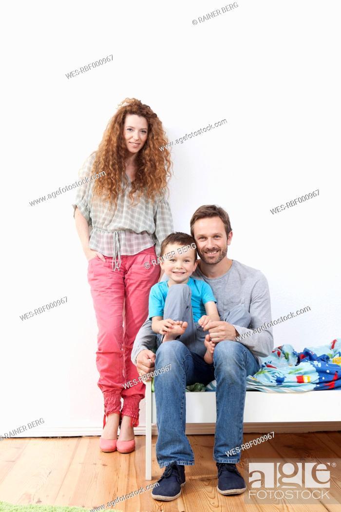 Stock Photo: Germany, Berlin, Portrait of family.