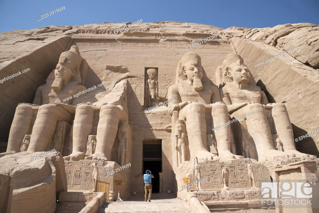 Imagen: Partial view of two massive rock temples, The twin temples were originally carved out of the mountainside during the reign of Pharaoh Ramesses II in the 13th.