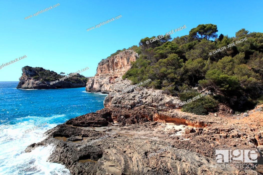 Stock Photo: Cala S'Almonia (S'Almonia cove), Majorca, Balearic Islands, Spain.