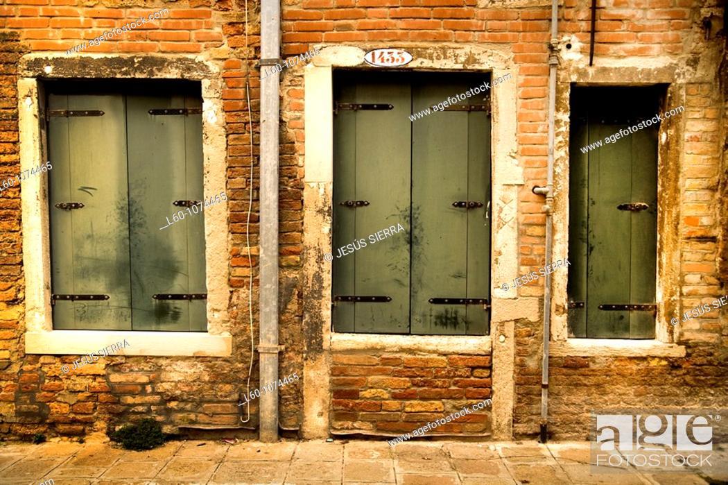 Stock Photo: Facade in Venice, Italy.
