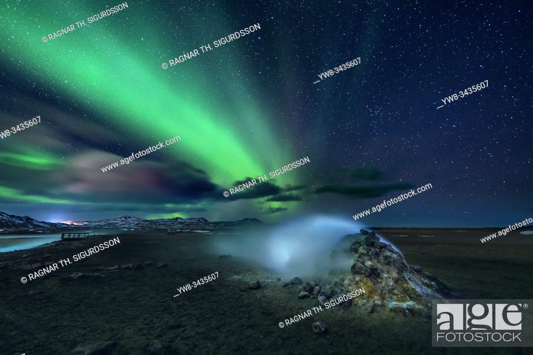 Stock Photo: Aurora Borealis, Leirhnukur hot spring area, Namaskard, Iceland.