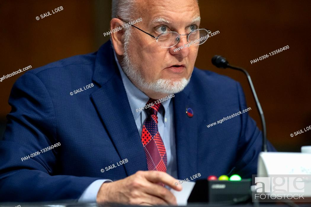 Photo de stock: Dr. Robert Redfield, Director of the Centers for Disease Control and Prevention (CDC), testifies during a US Senate Appropriations subcommittee hearing on the.