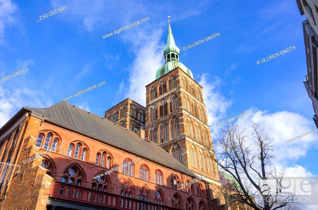 Stock Photo: View of St. Nicholas' Church, Hanseatic City of Stralsund, Mecklenburg-Pomerania, Germany.