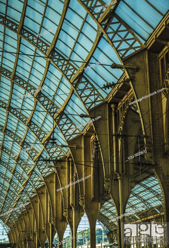 Stock Photo: Train Station - Gare De Nice Ville - in Nice in Cote dâ. . Azur, France.
