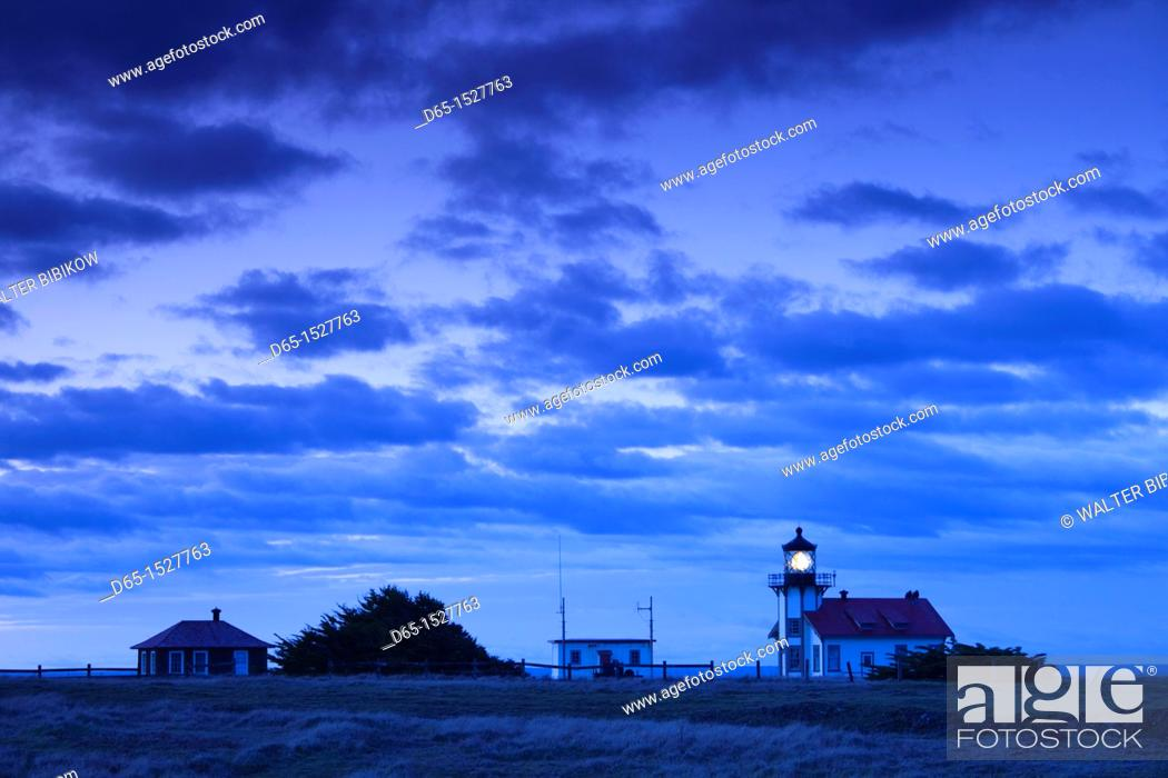Stock Photo: USA, California, Northern California, North Coast, Mendocino-area, Pine Grove, Point Cabrillo Lighthouse, dawn.