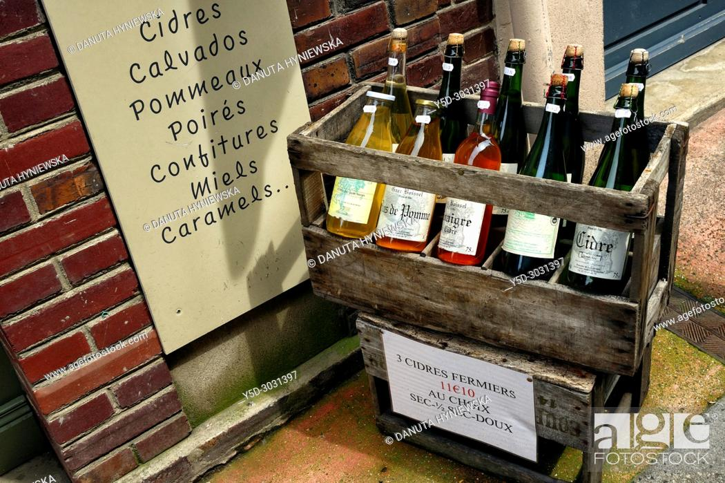 Imagen: local products on sale, Honfleur, Calvados, Normandy, France.