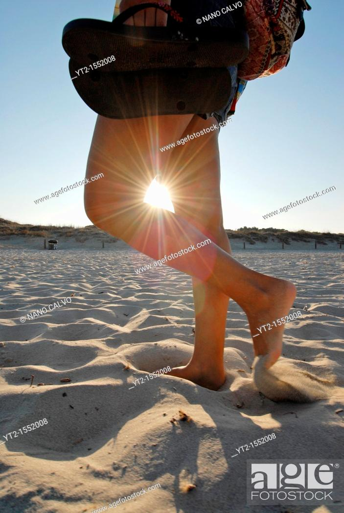 Photo de stock: Young woman walking in Levante Beach - Platja de Llevant -, Formentera.