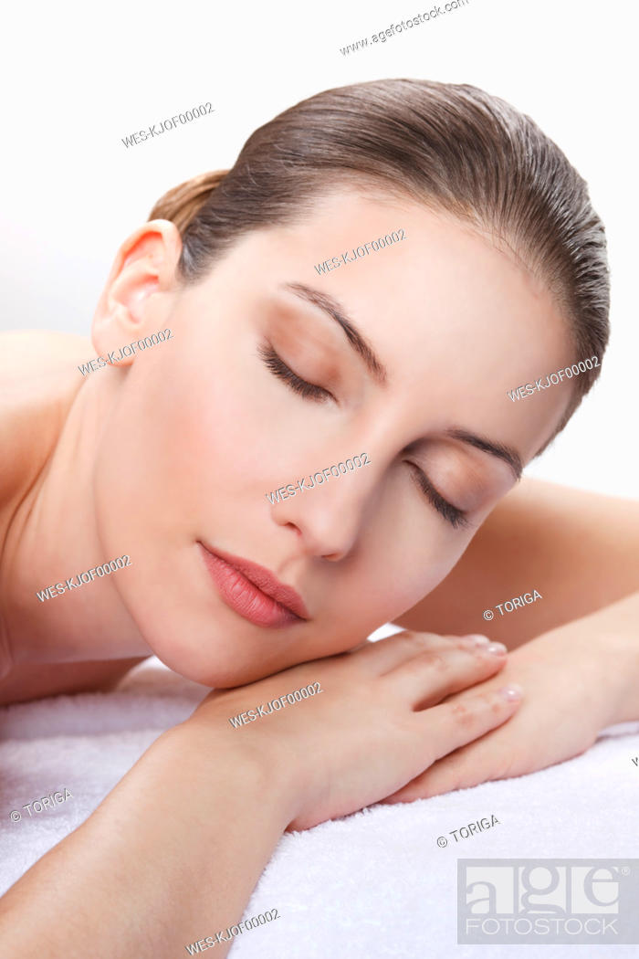 Stock Photo: Close up of woman having spa treatment, eyes closed.